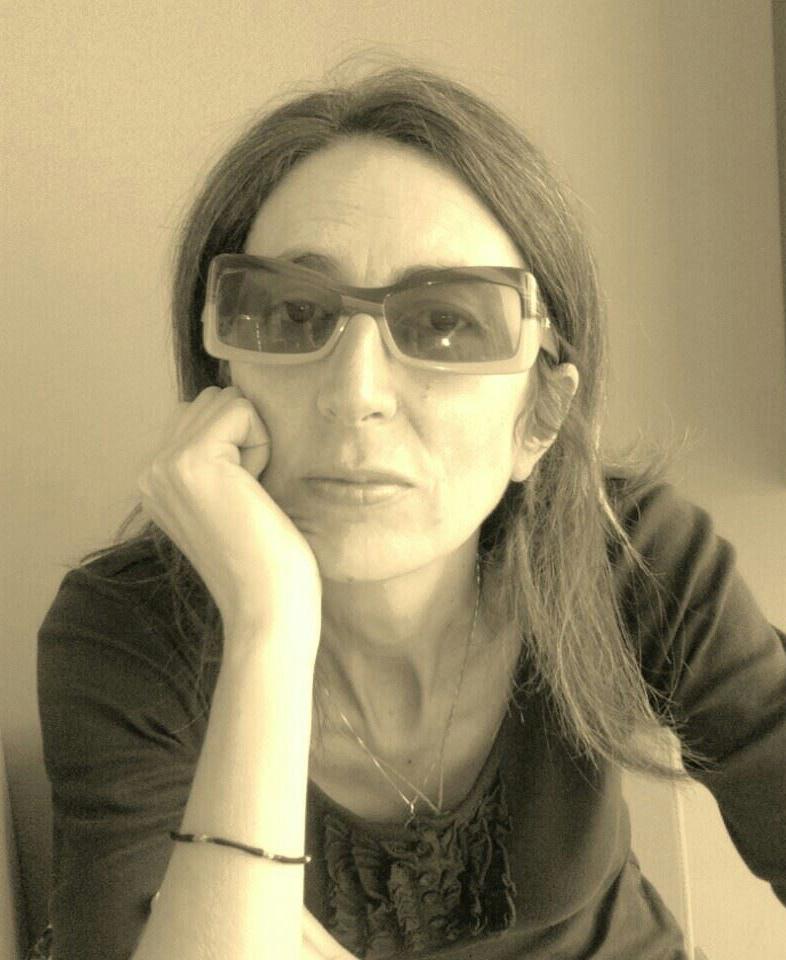 La foto ritrae Giusy Milone